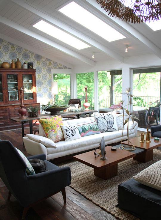 Деревянный потолок в интерьере