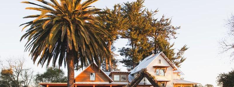 Разветвленный сельский дом