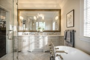 Фото 19 Зеркало в ванную комнату (65 фото): 6 подсказок о том, как определиться с выбором