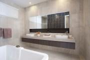 Фото 25 Зеркало в ванную комнату (65 фото): 6 подсказок о том, как определиться с выбором