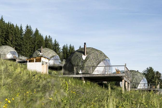 The Pods, Les Cerniers: роскошный эко-отель в швейцарских Альпах