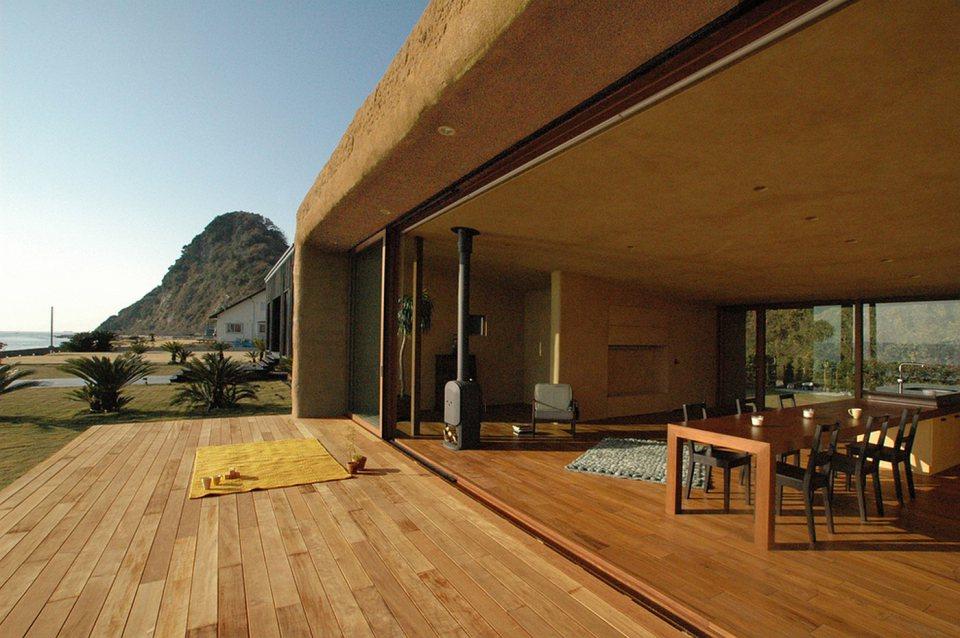 hiroshi-nakamura-nap-house-c-exterior9-via-smallhousebliss