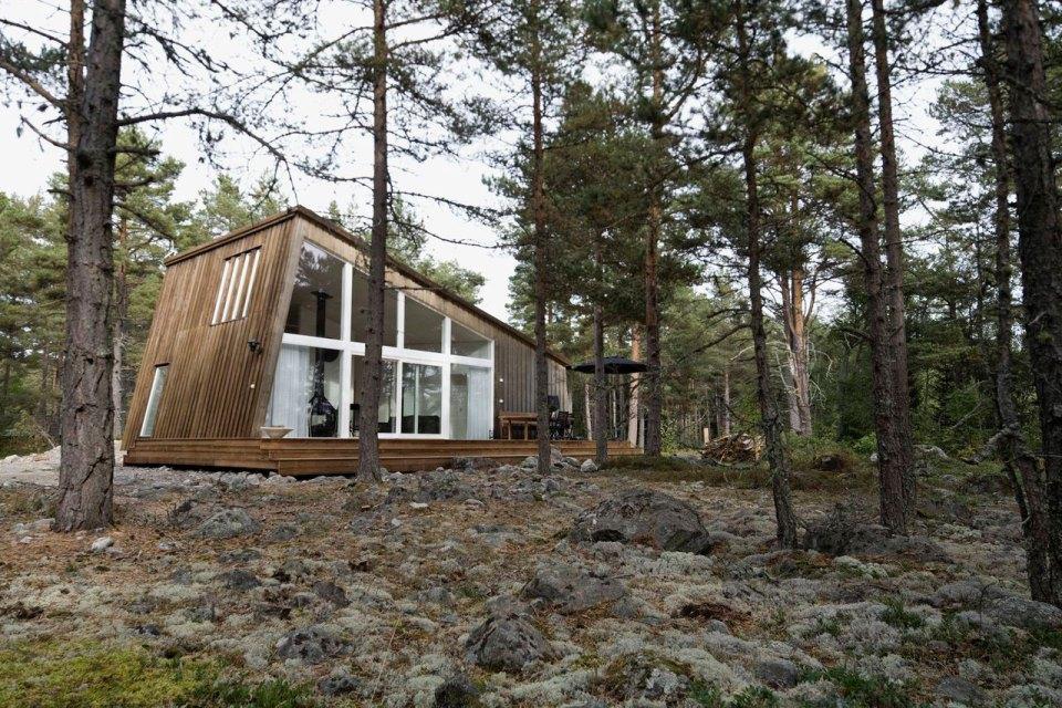holick-resort-edlund-palmer-ingman-exterior2-via-smallhousebliss