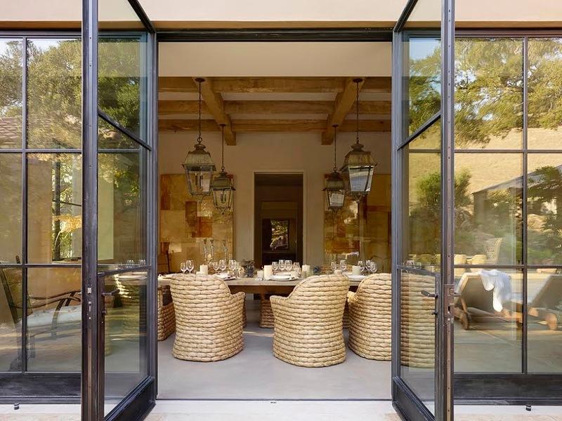 1561074d039b196a_3517-w800-h600-b0-p0--mediterranean-dining-room