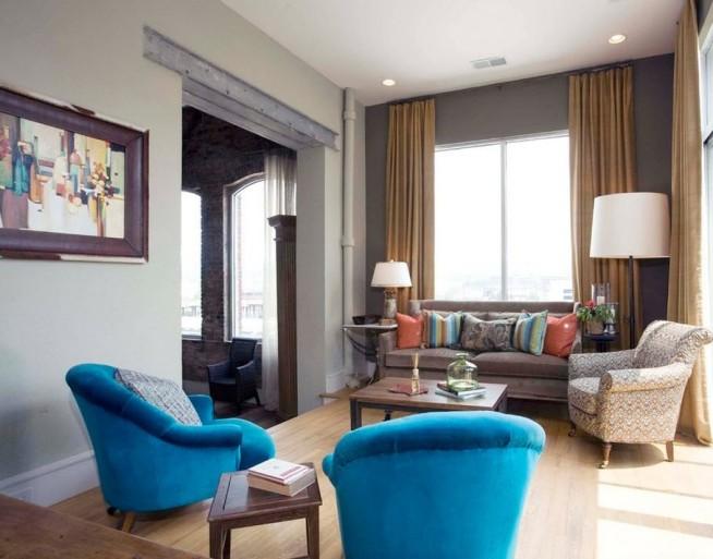 Синяя мебель отлично смотрится в интерьере, выполненном в серых тонах