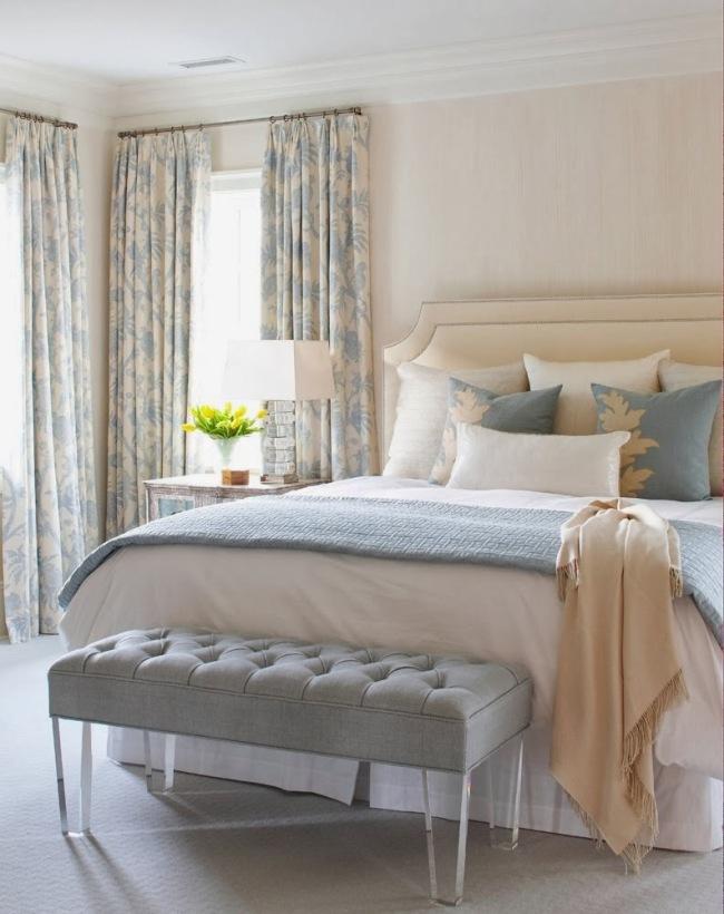 Спокойный бежевый цвет - идеален для спальни