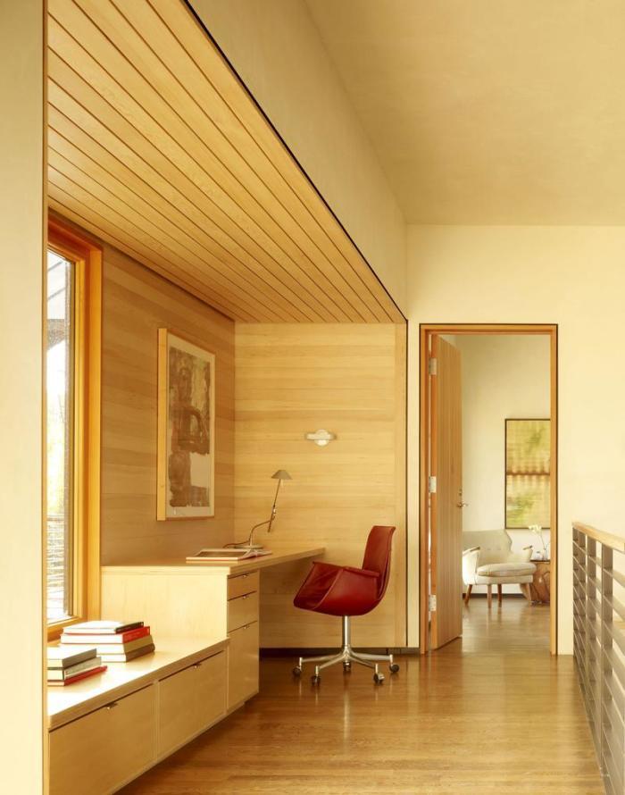 Комбинируйте материалы в многоуровневых потолках