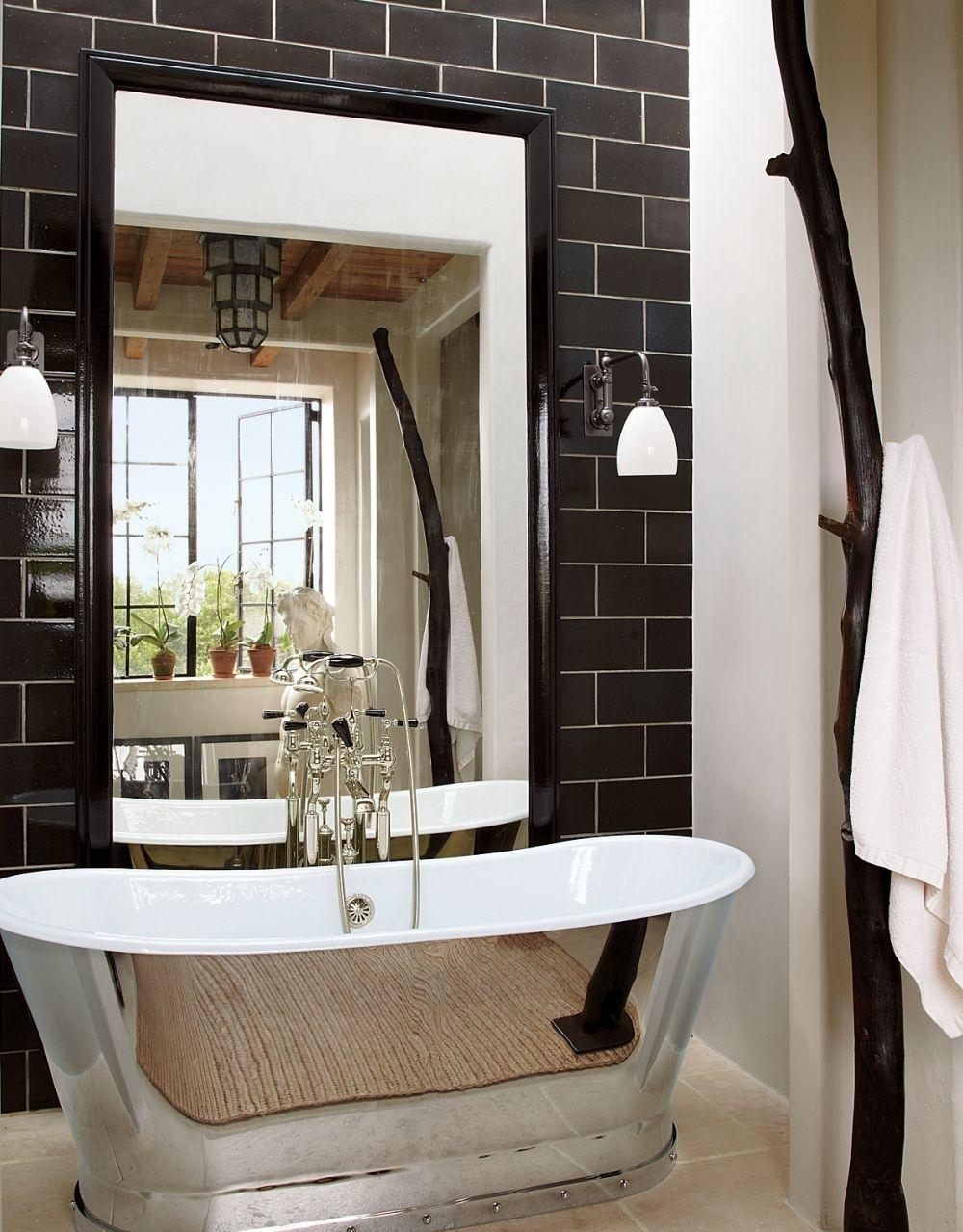 Фото 7 - Черно-белая ванная в стиле хай-тек