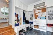 Фото 5 Угловые шкафы в прихожую: как оптимально использовать пространство и 65+ идей для интерьера