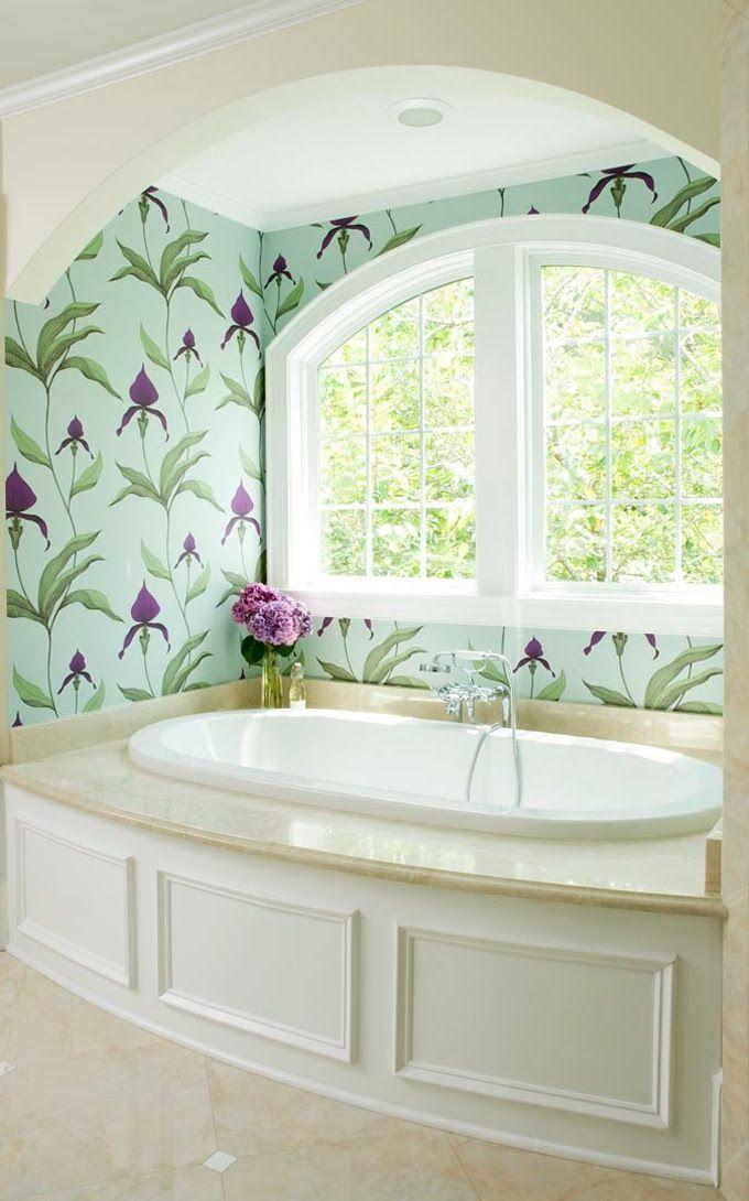 Природные мотивы и нежно голубой цвет помогут обыграть стиль прованс в Вашей ванной