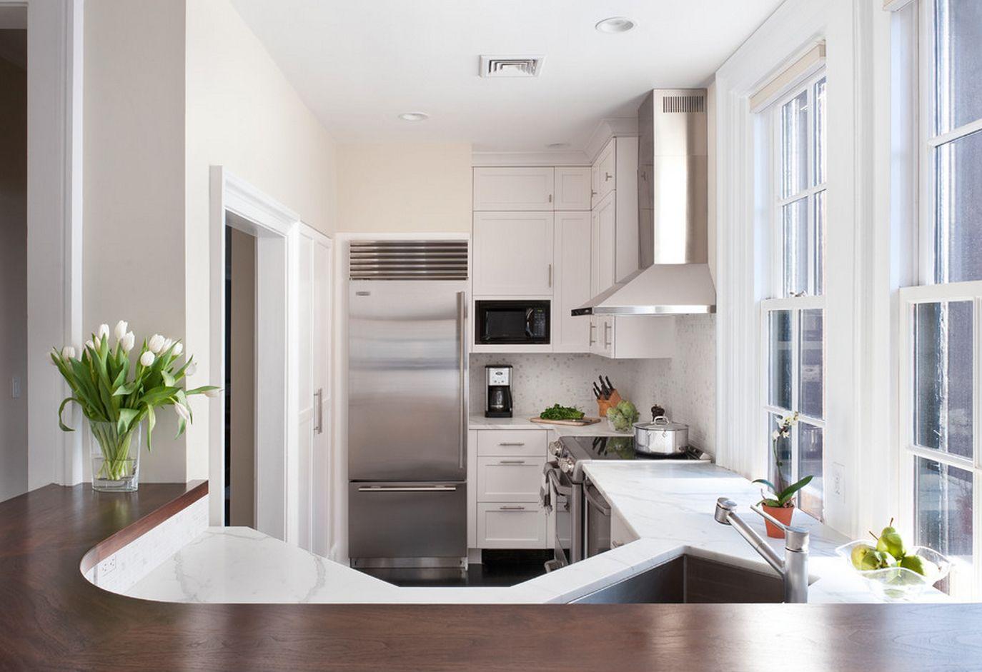Использование барной стойки при кухне небольших размеров