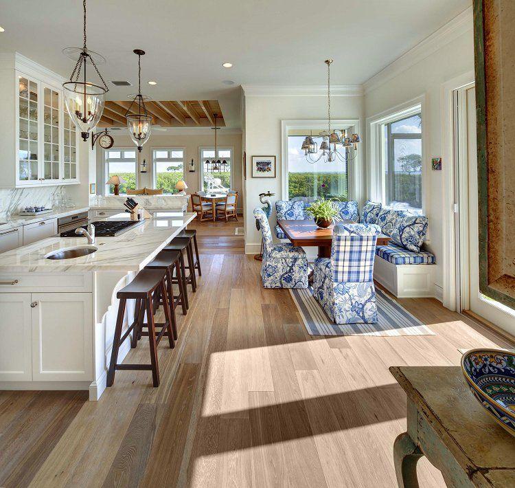 Совмещенные кухонная и столовая зоны