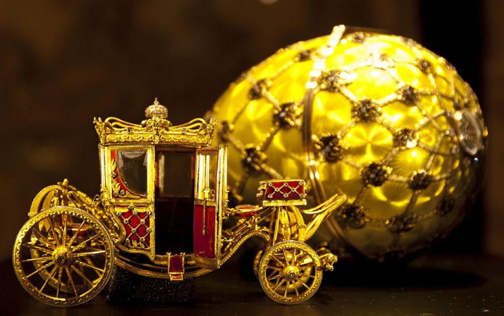 Фото 11 - Яйцо Фаберже «Коронационное»