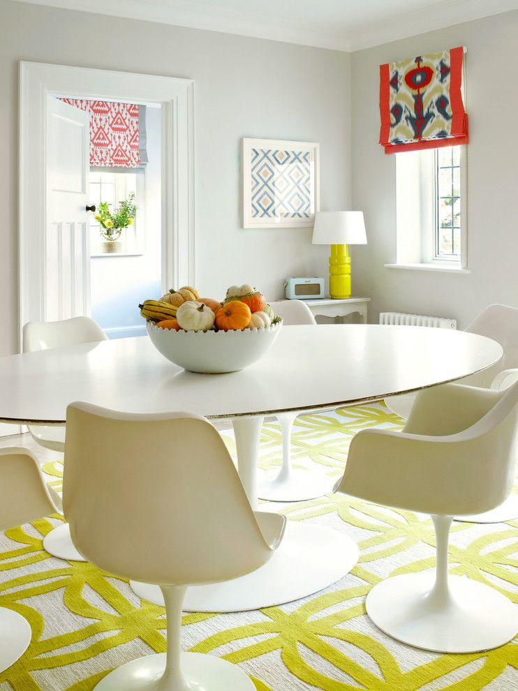 Яркие рулонные шторы с индивидуальным рисунком впишутся практически в любой интерьер