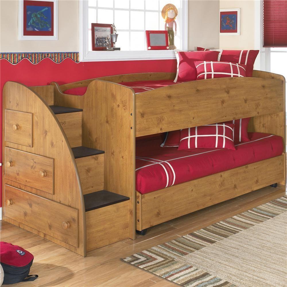 Выдвижная кровать со ступеньками