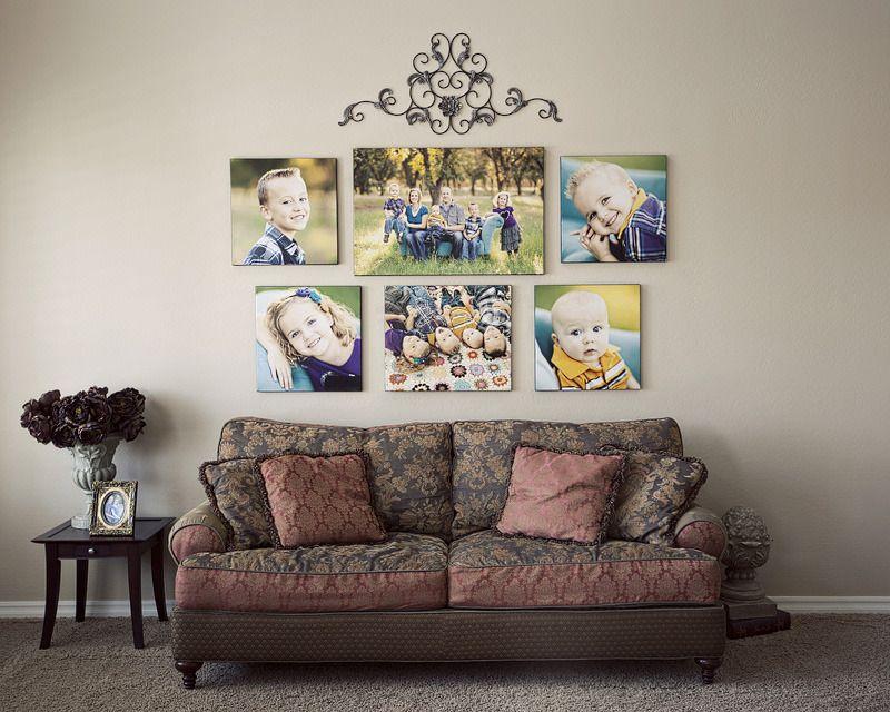 Симметрично расположенные снимки на стене