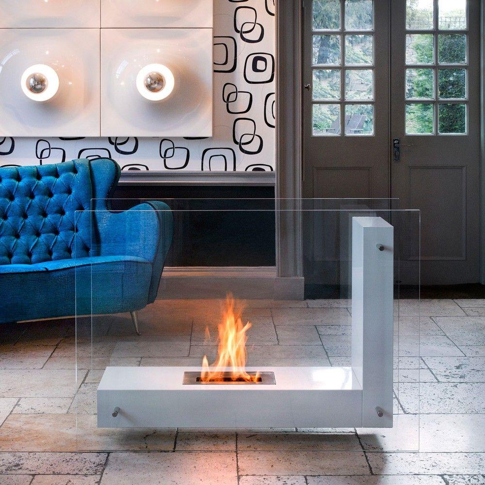Мобильный, компактный камин прямоугольной формы - стильная простота для всех случаев жизни.