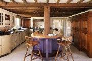 Фото 4 Фиолетовая кухня (90 фото): выбор дизайнеров — фиолетовые тона для кухни и лучшие сочетания цветов