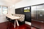 Фото 3 Телевизор на кухне (54 фото): выбираем и устанавливаем правильно