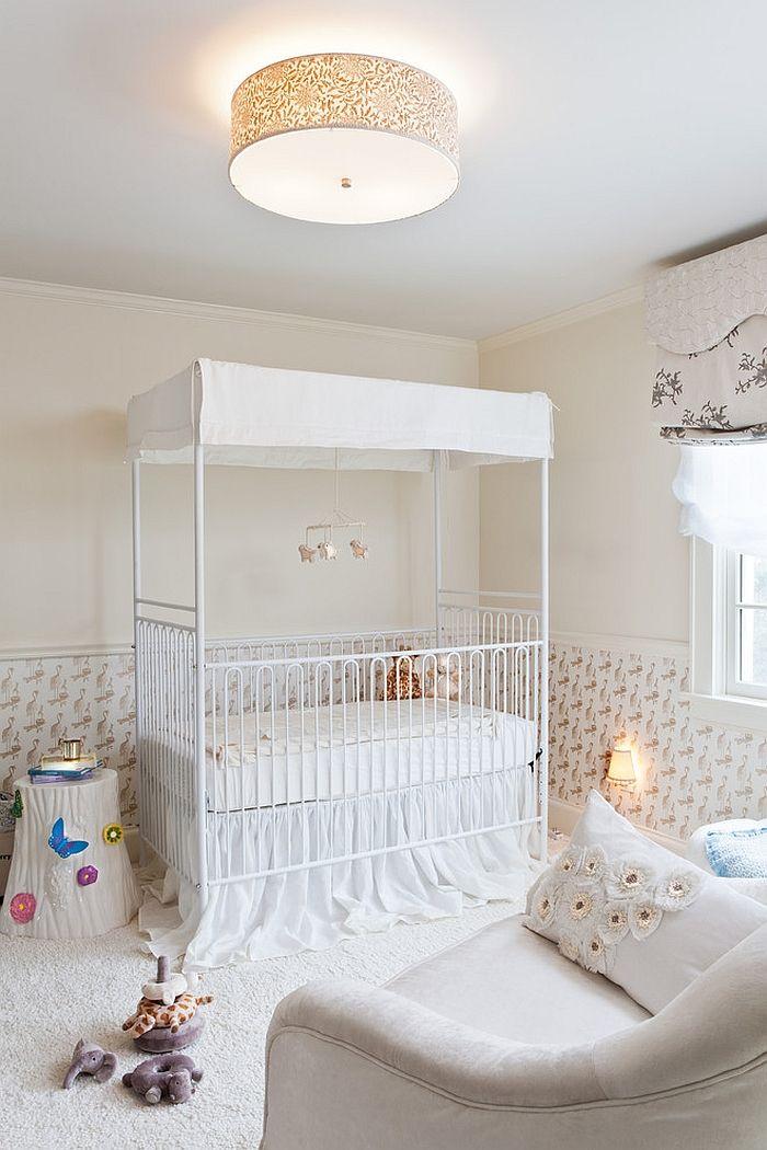 Балдахин с потолком защитит глазки малыша от света включенных лампочек