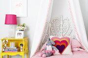 Фото 3 Балдахин на детскую кроватку (57 фото): защитим сон ребенка