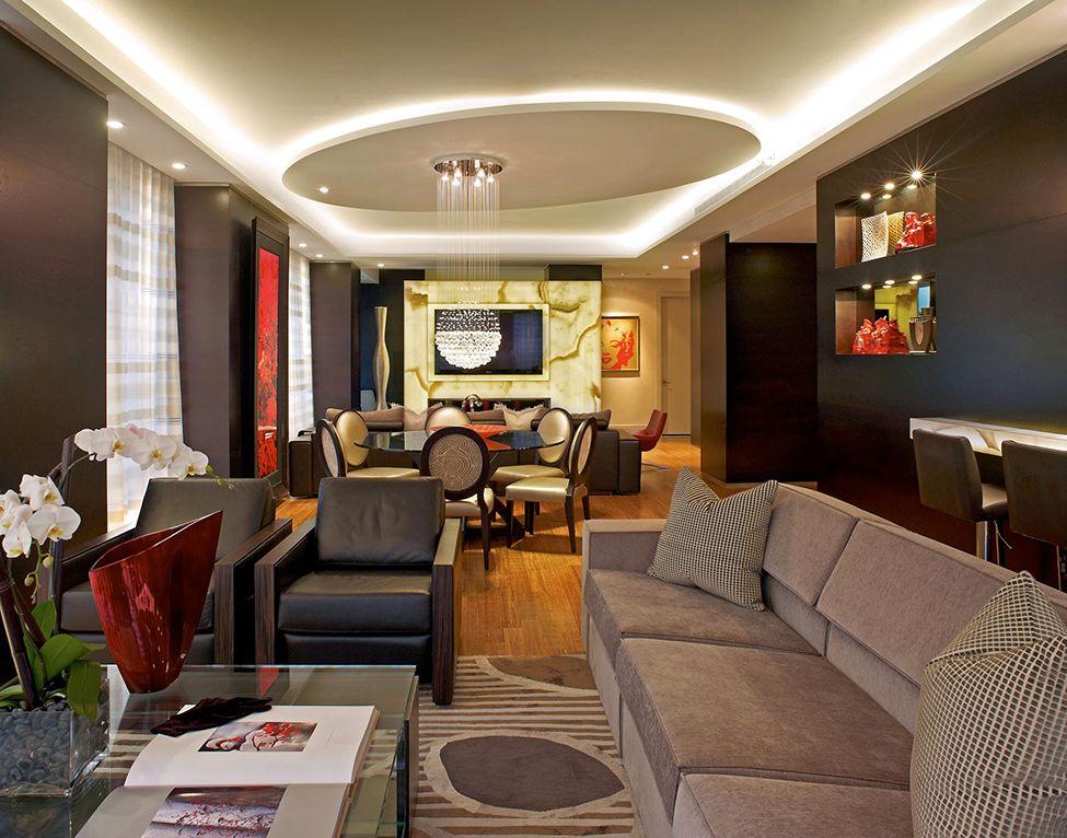Благодаря двухуровневым потолкам, Вы сможете быстро и выгодно преобразить пространство, значительно украсив интерьер