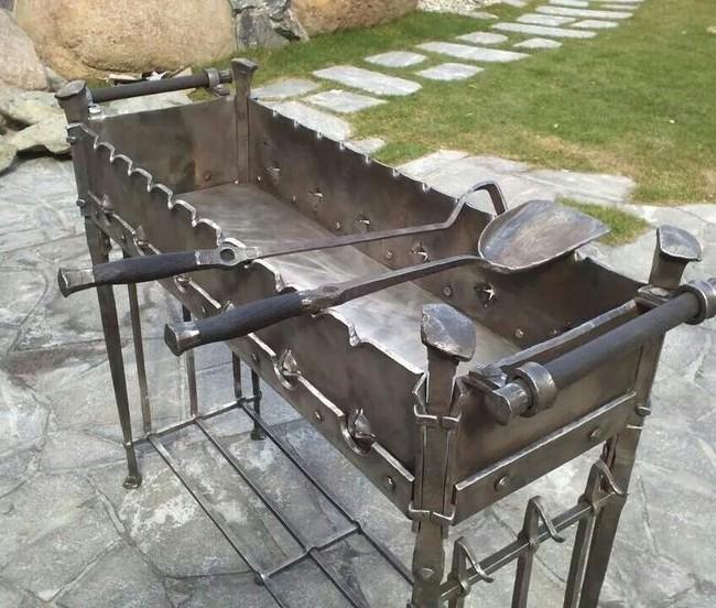 От качества мангала напрямую зависит вкус приготовленной еды