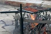 Фото 12 Кованые мангалы (50 фото): художественная красота и комфорт в эксплуатации