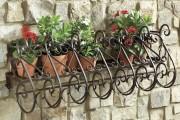 Фото 11 Кованые подставки для цветов (47 фото): достойная опора прекрасному