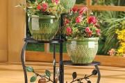 Фото 14 Кованые подставки для цветов (47 фото): достойная опора прекрасному