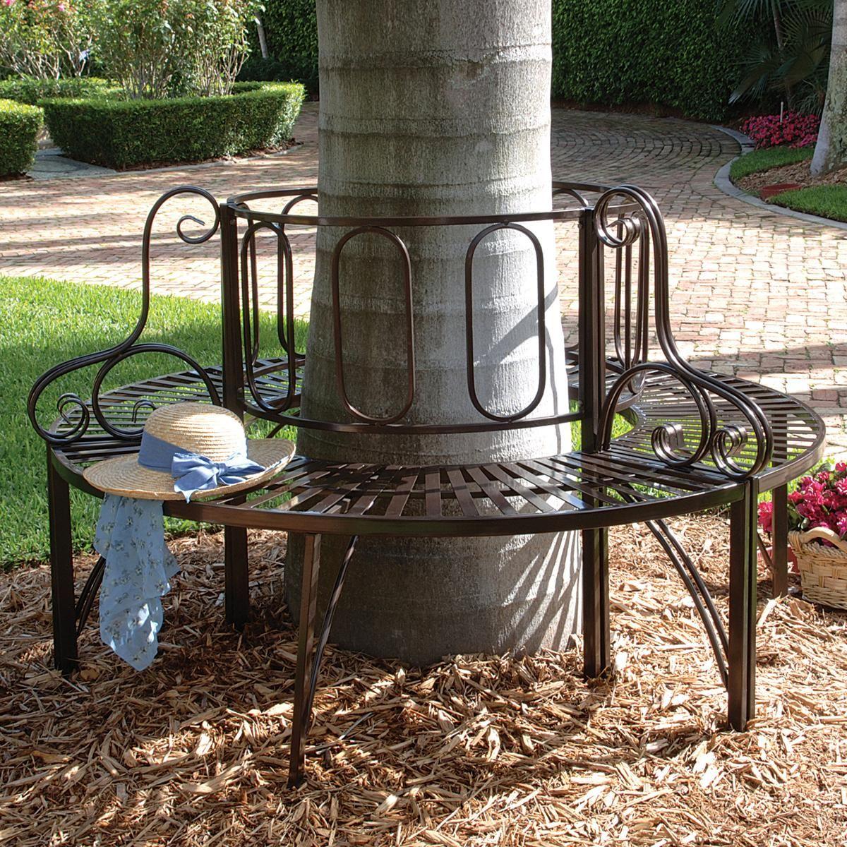 Оригинальное практичное решение - круглая скамейка