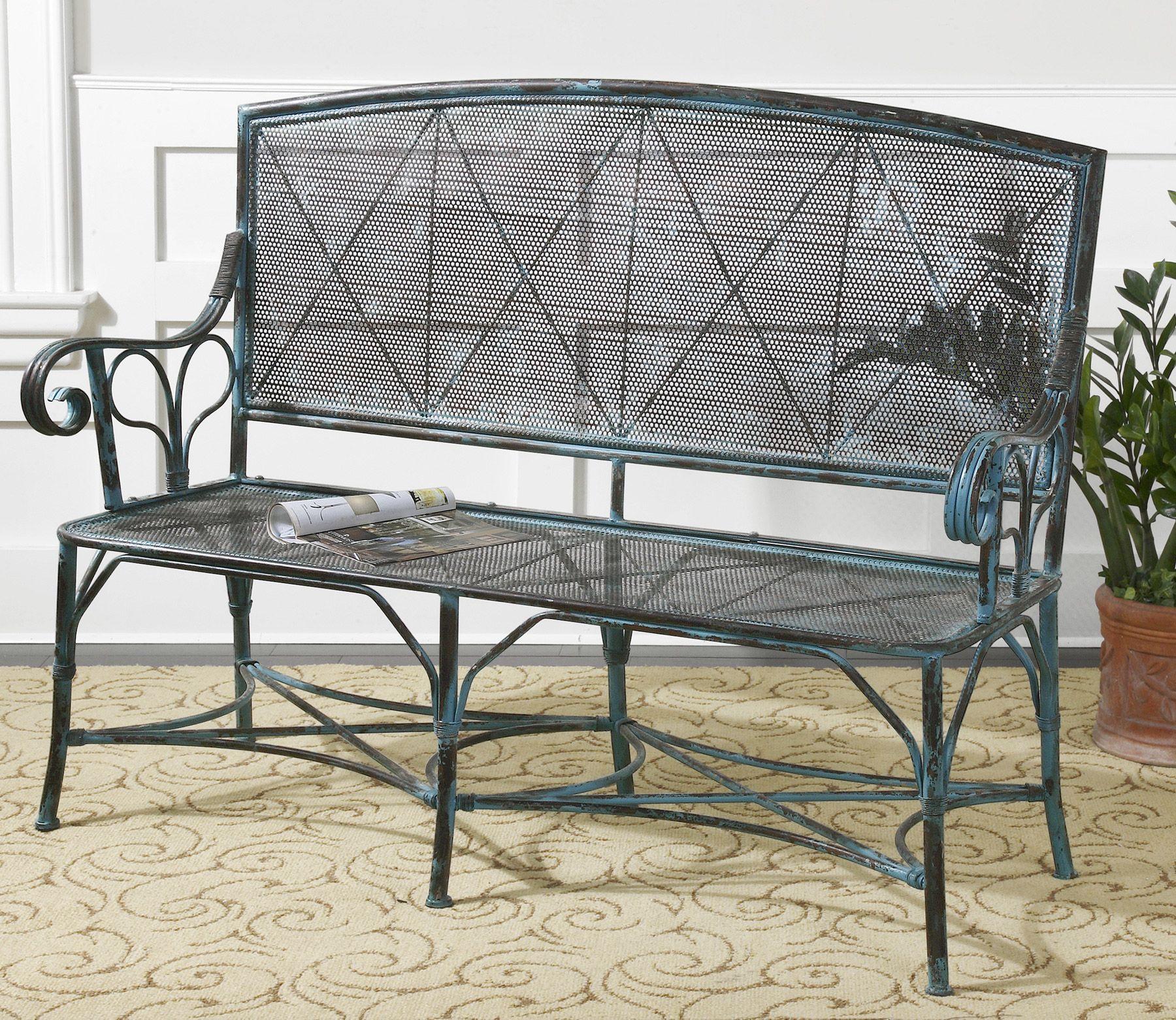 Кованая лавочка - практичный, оригинальный, красивый элемент мебели