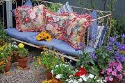 Фото 4 Кованые скамейки (50 фото): нота роскоши в ландшафтной симфонии