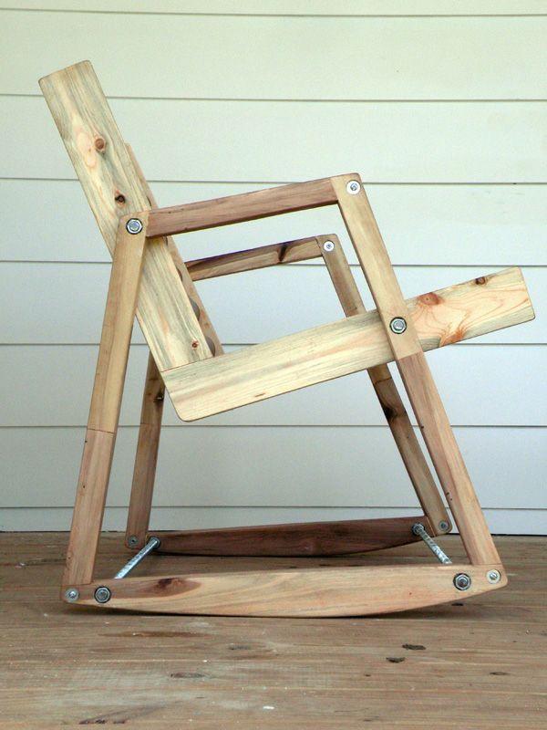 При наличии материалов, инструментов и нескольких часов Вы сможете стать обладателем добротного кресла-качалки