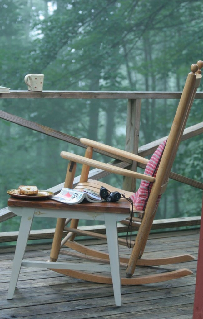 Kreslo-Небольшая подушечка сделает Ваше кресло удобнее и позволит избежать хлопот, вызванных пребыванием кресла-качалки на улице