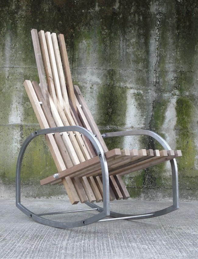 Немного дерева и металла и Вы обладатель хорошего и устойчивого кресла-качалки