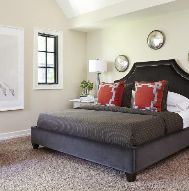 Благородное черное изголовье кровати