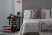 Фото 24 Самый комфортный тренд сезона: 70+ стильных двуспальных кроватей с мягким изголовьем