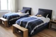 Фото 26 Самый комфортный тренд сезона: 70+ стильных двуспальных кроватей с мягким изголовьем