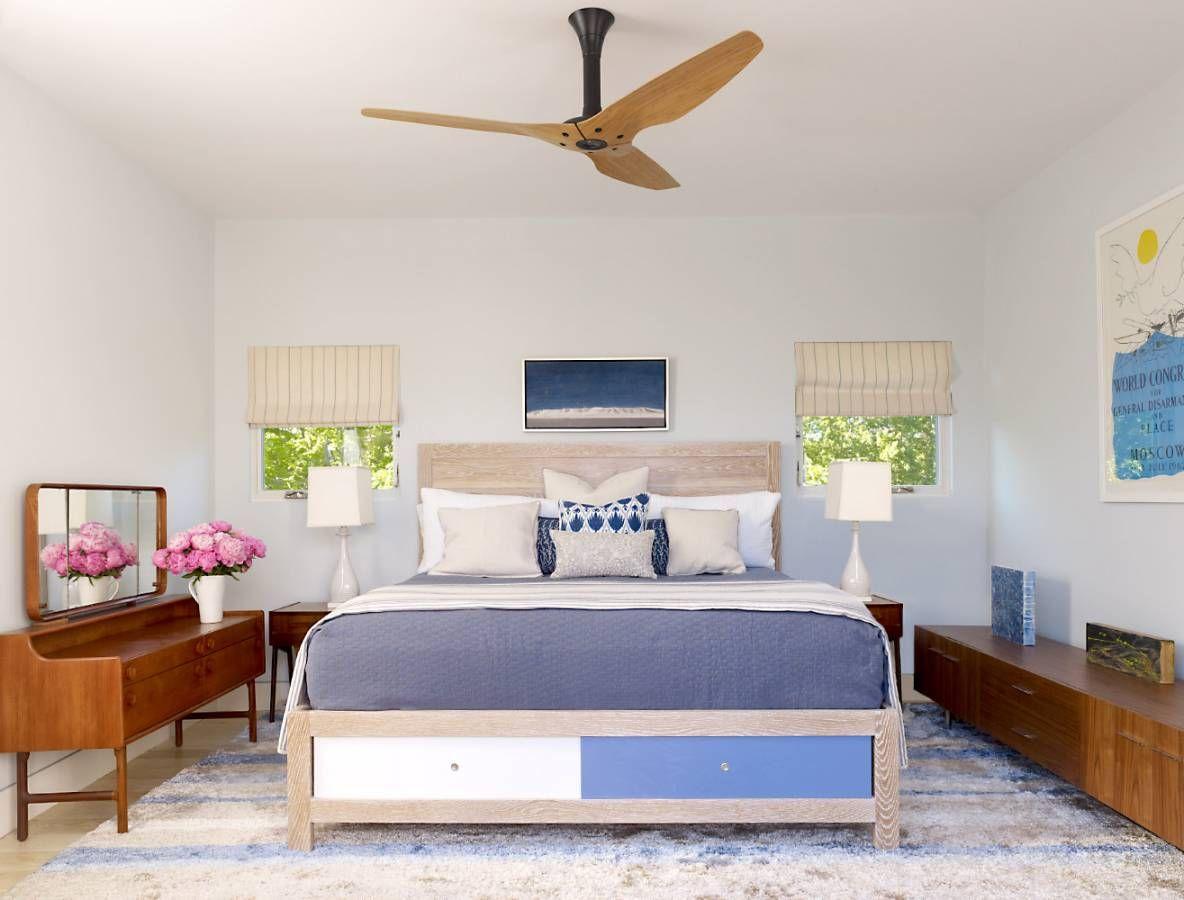 Выдвижные ящики придают цельности и солидности внешнему виду кровати