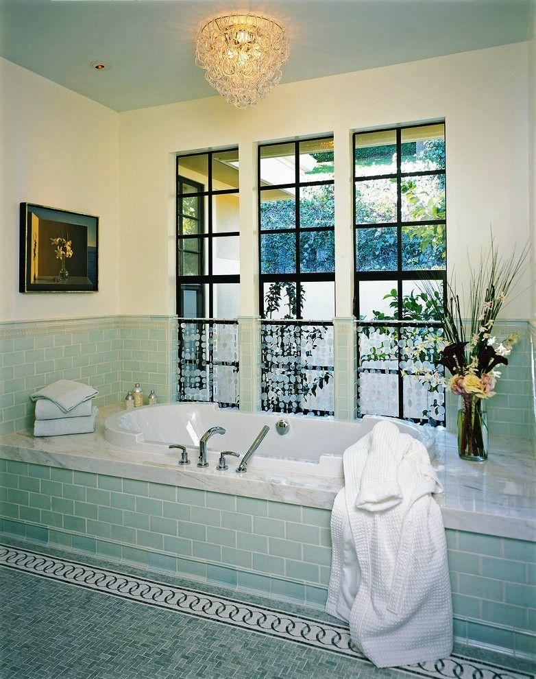 Красивые шторы из бусин будут отлично смотреться в любой комнате дома