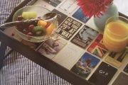Фото 23 Столик для завтрака в постель (45 фото): практично, удобно, универсально