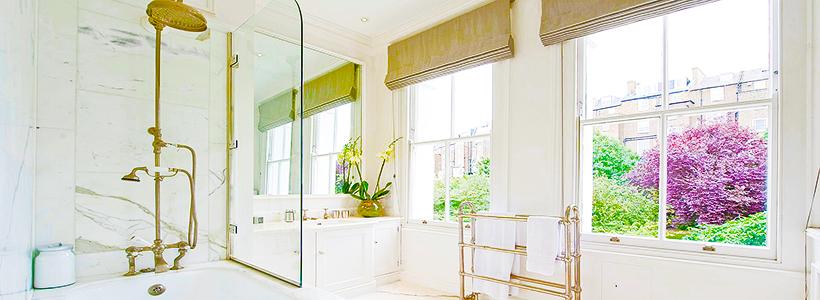 Стеклянные шторки для ванной: что нужно знать при выборе и 50 избранных дизайнерских решений