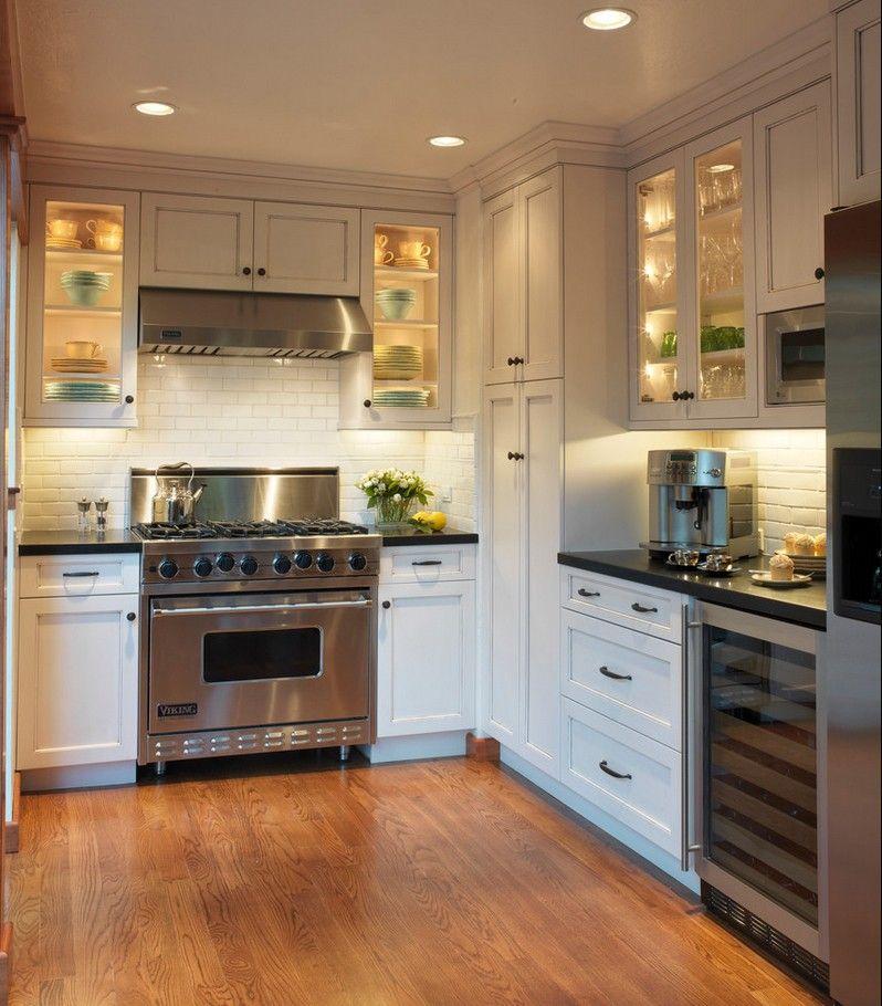 Освещение шкафчиков перенесет Вашу кухню в настоящую сказку