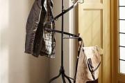 Фото 17 Напольная вешалка для одежды (47 фото): все для любимых вещей