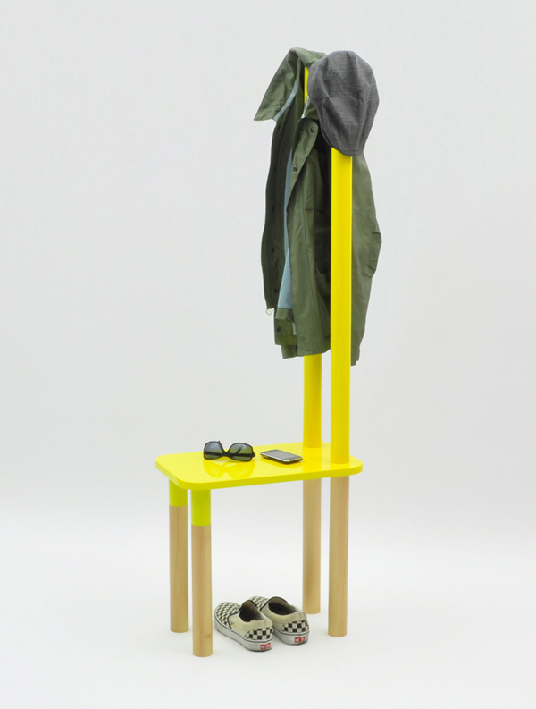 Фото 15 - Вешалка-стул