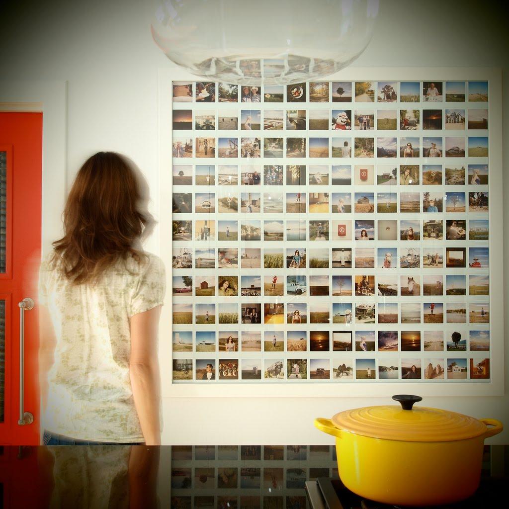 Панно из десятков фотографий