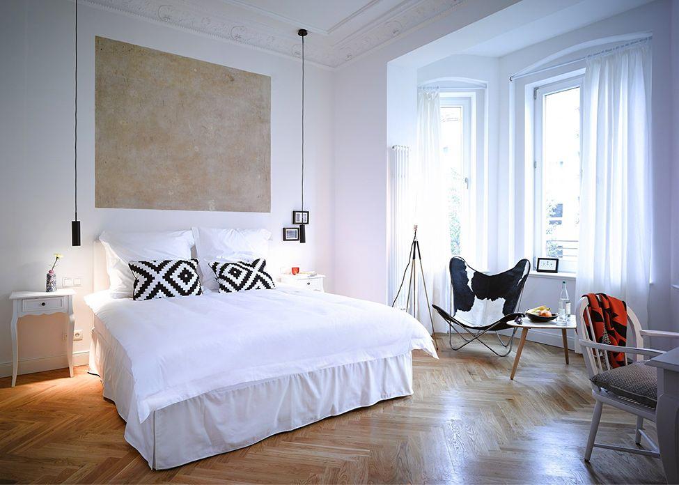 Популярный прием перепланировки - соединение комнаты с балконом