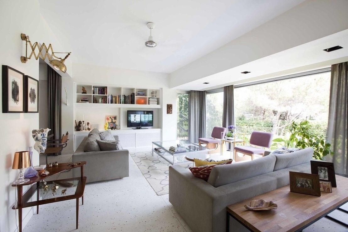 К выбору стиля жилища необходимо подходить очень тщательно, чтобы интерьер радовал своих хозяев долгие годы