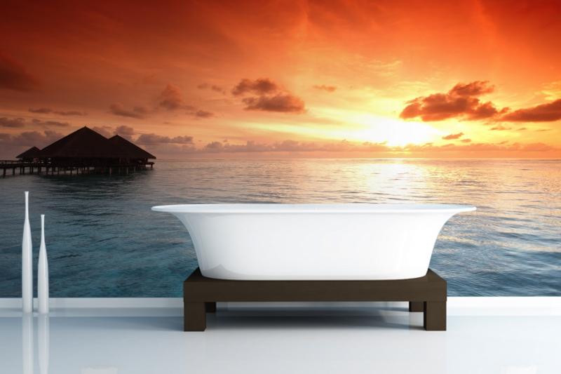 Прекрасный морской закат в ванной комнате